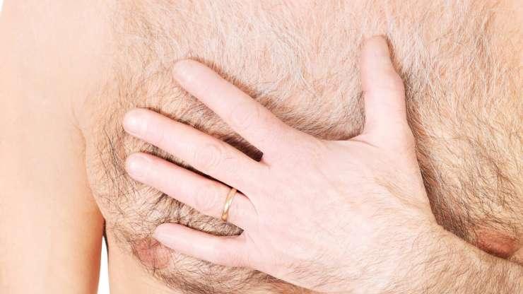 Une belle poitrine…les hommes aussi!